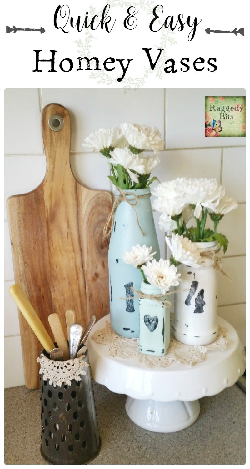 A super easy way to turn jars from around your home into Quick and Easy Homey Vases. Full tutorial and supply list | www.raggedy-bits.com