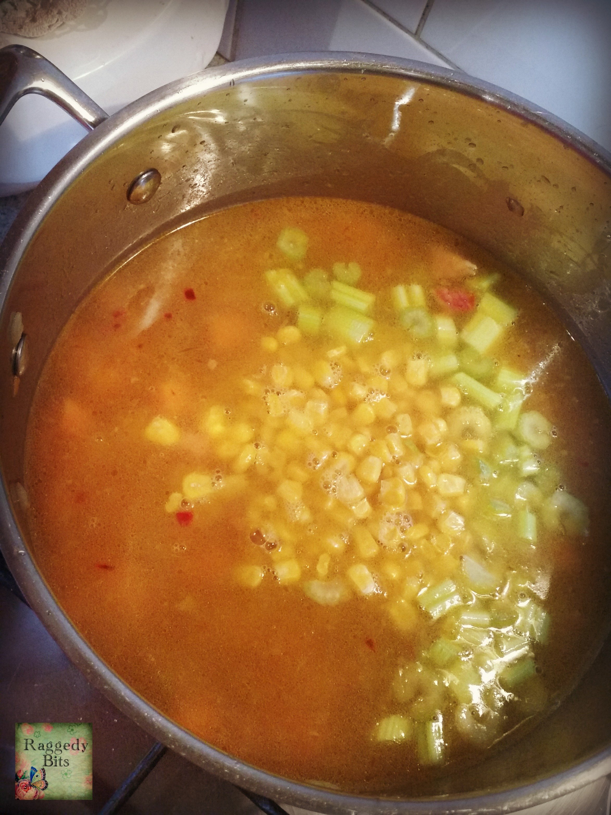 Recipe for Scrumptious Ham and Vegetable Soup |www.raggedy-bits.com