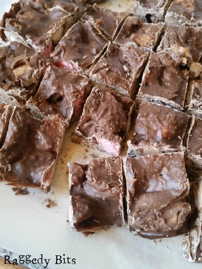 5 Ingredient Rocky Road Recipe with Vintage Easter Tags | www.raggedy-bits.com