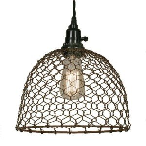 Farmhouse Chicken Wire Pendant Light |www.raggedy-bits.com