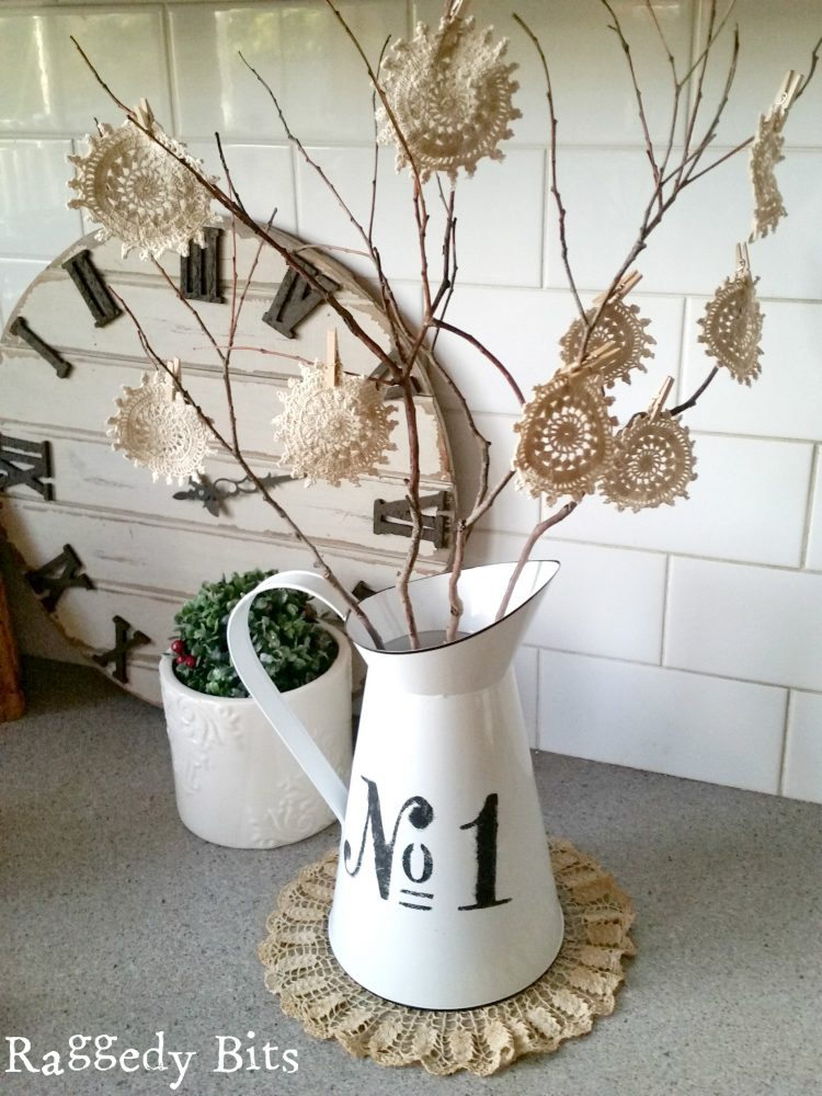 Looking for a simple and easy craft? Come and see how I made a 10 Minute Twig Tree using Vintage Doilies | www.raggedy-bits.com