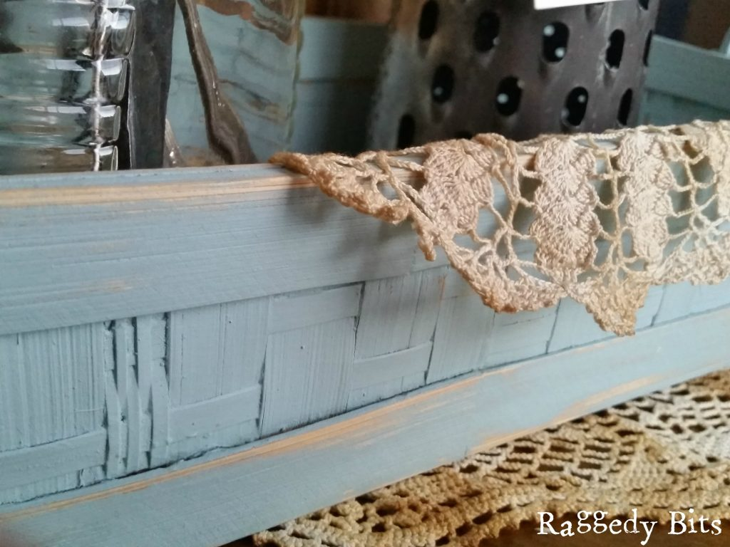 Duck Egg Blue Woven Basket - Makes a lovely addition to your vignettes or even a great size for a cutlery holder when entertaining |5 Farmhouse Favourites | www.raggedy-bits.com