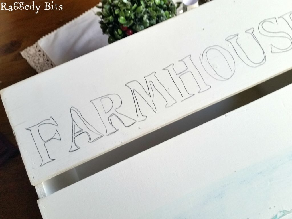 See how I used transfer paper from Deco Art to turn a boring crate into a Farmhouse Stand | www.raggedy-bits.com