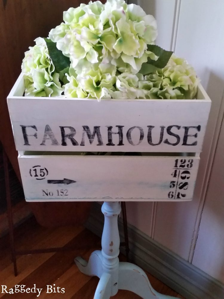 Using a broken writing desk stand and a crate, I transformed them into a Farmhouse Stand | www.raggedy-bits.com