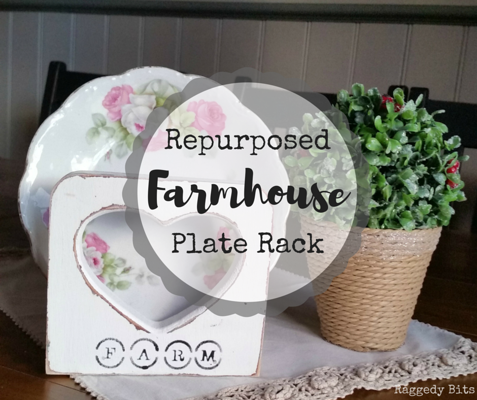 After cleaning out my kitchen I found this old plate rack and gave it a new lease on life! Repurposed Farmhouse Plate Rack tutorial | www.raggedy-bits.com