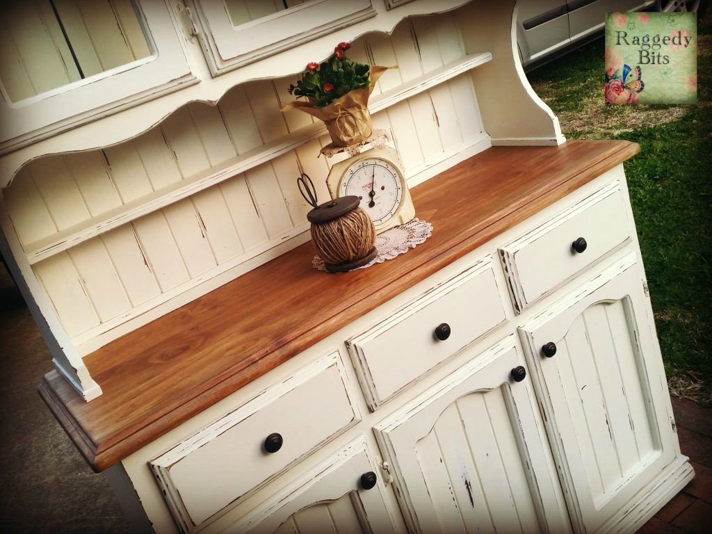 A collection of 5 Favourite Furniture Makeovers | www.raggedy-bits.com