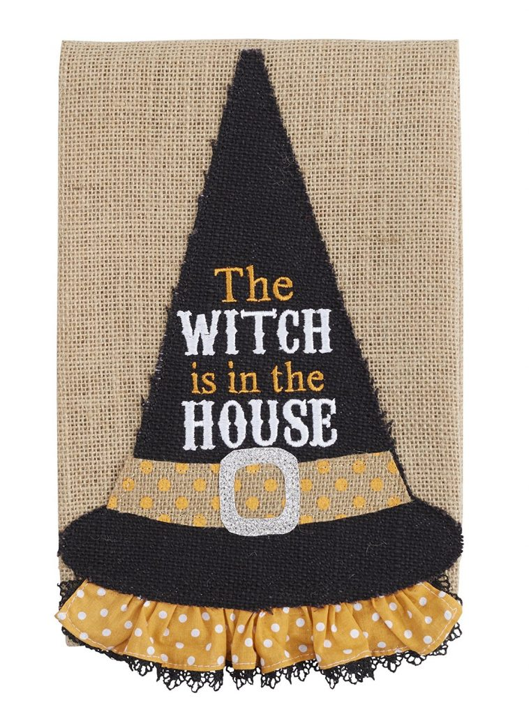 A collection of 5 Fun Halloween Decorations for your Halloween decorating | www.raggedy-bits.com