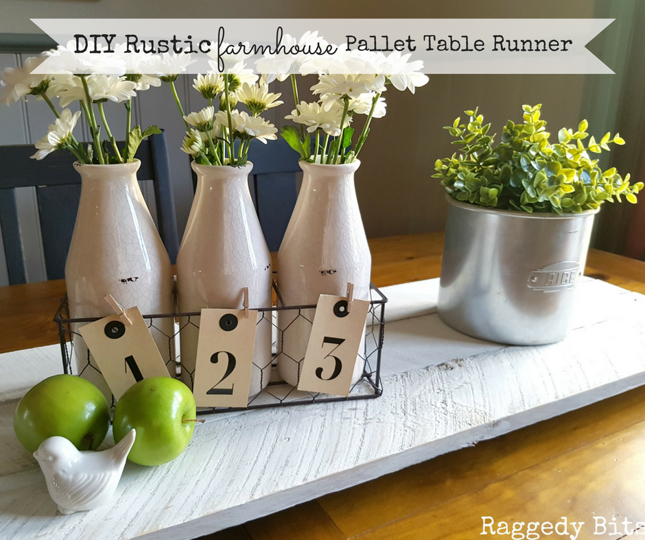 Using an old pallet make a super easy DIY Rustic Farmhouse Pallet Table Runner | Full Tutorial | www.raggedy-bits.com