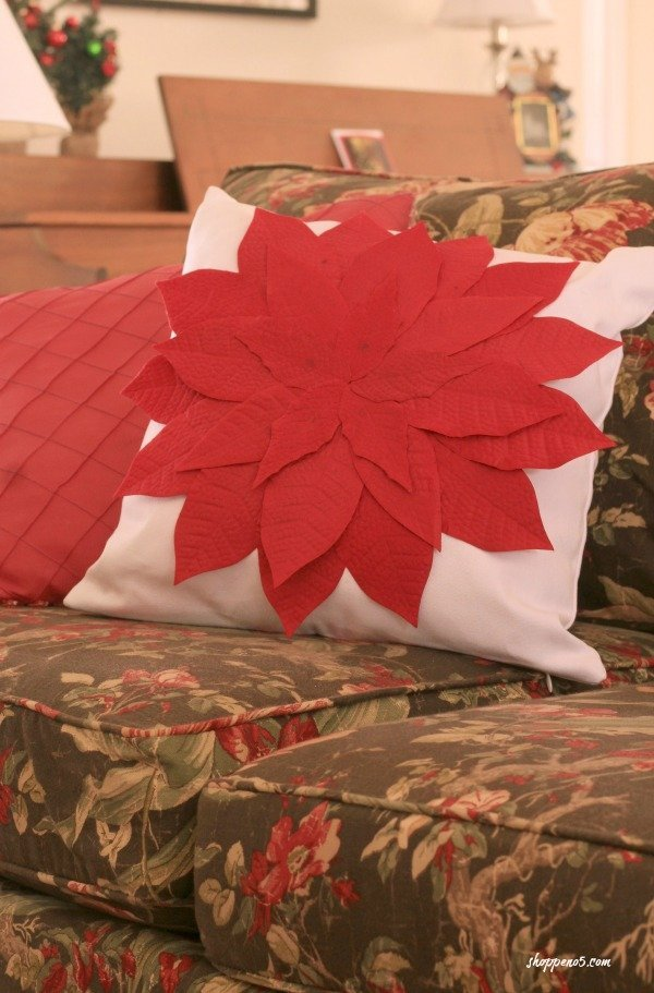 A Christmas Pillow as Easy as One, Two, Three which is a feature from Waste Not Wednesday-30 by Shoppe No 5 | www.raggedy-bits.com