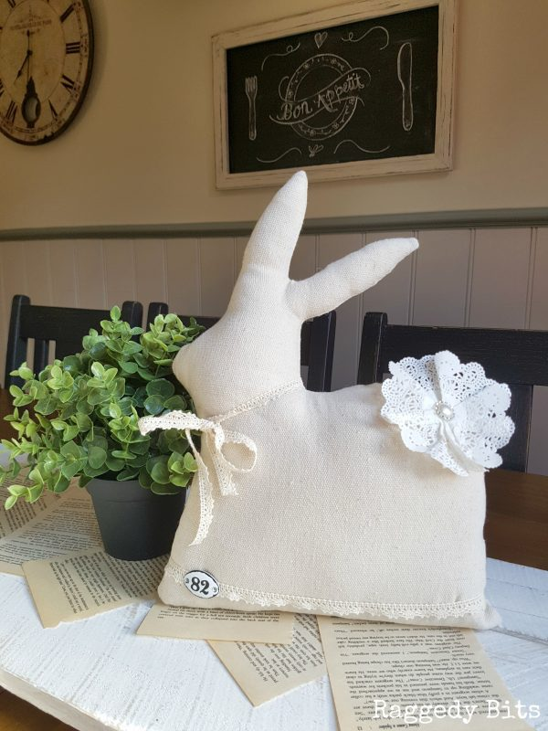 Make a sweet Vintage Farmhouse Drop Cloth Bunny in one afternoon | FREE Bunny template | www.raggedy-bits.com