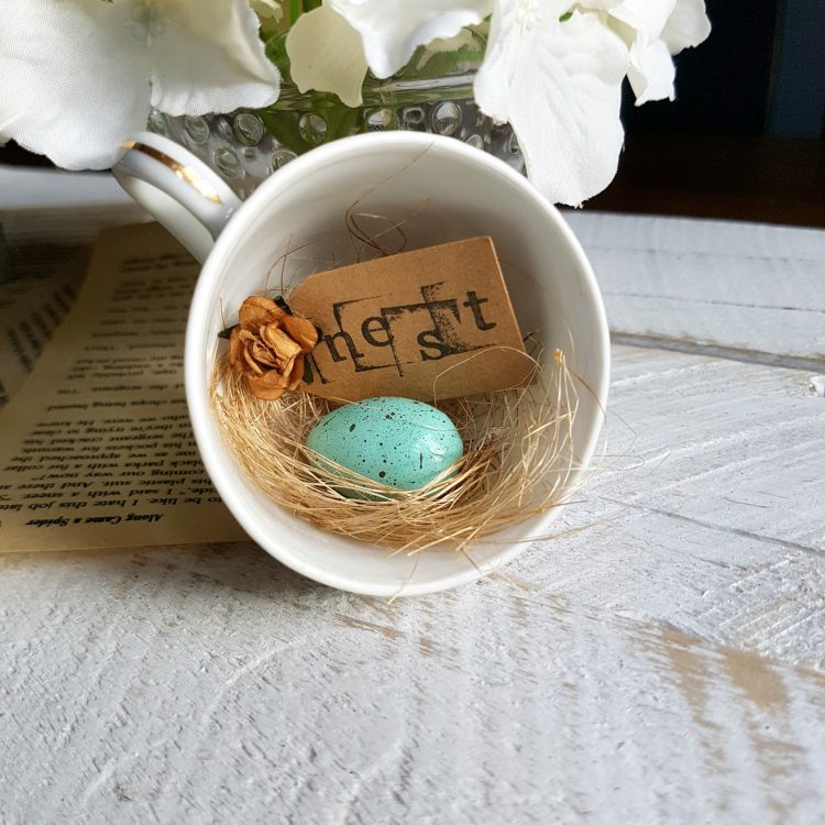 Inspired by my favourite character out of Beauty and the Beast, Chip sharing a full tutorial on how to make your very own Vintage Farmhouse Repurposed Nest Teacups | www.raggedy-bits.com