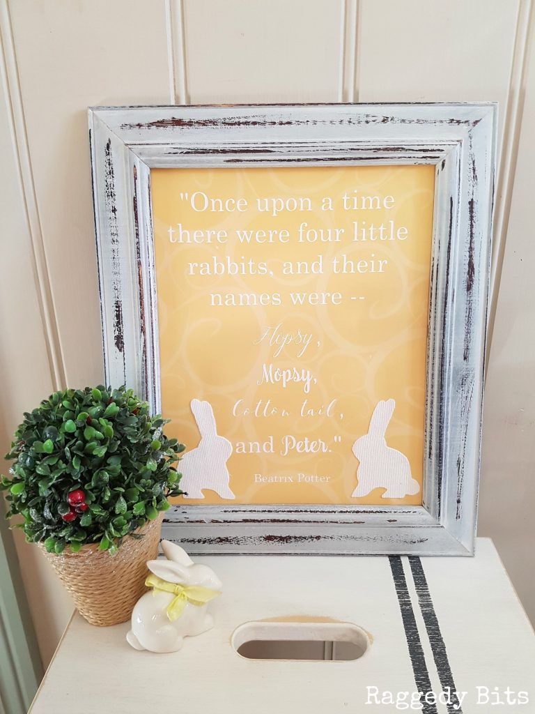 This months Movie Monday Challenge is here again! This time we got to choose a movie as long as it has something to do with Spring! I chose The Tale of Peter Rabbit. Sharing how to make a Repurposed Peter Rabbit Frame | Full tutorial | www.raggedy-bits.com