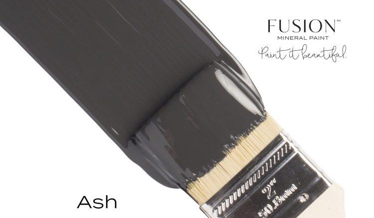 Fusion Mineral Paint Brushstroke - Ash | www.raggedy-bits.com