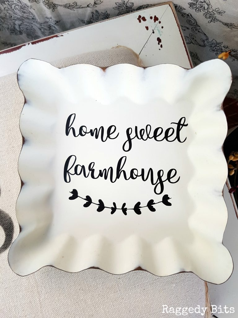 You too can add a simple Vinyl Decal to your decor with this sweet Home Sweet Farmhouse Decal | Lots of fun designs to choose from | www.raggedy.bits.com