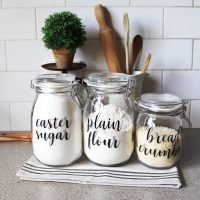 Using some Ikea Korken Jars and some labels see how to Organise your Pantry Using Farmhouse Pantry Labels to make things easier in your kitchen | www.raggedy-bits.com