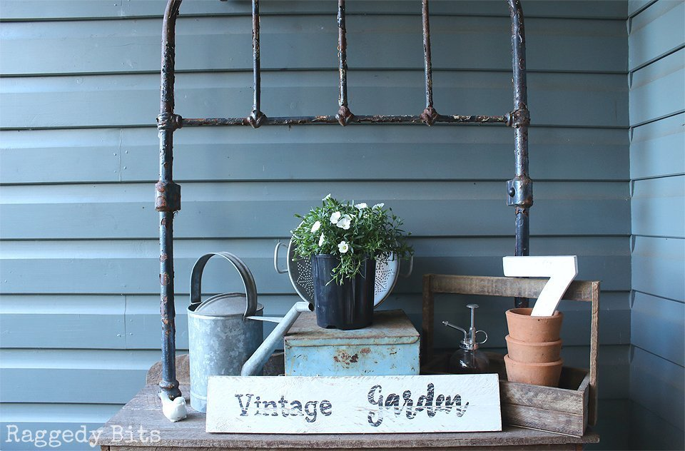 Sharing 5 ways on How to add Farmhouse Charm to your Porch that won't break the budget |www.raggedy-bits.com