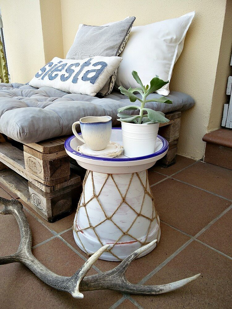 6 Ways to Easily Update any Patio which is a feature from Waste Not Wednesday-61 by KreativK | www.raggedy-bits.com
