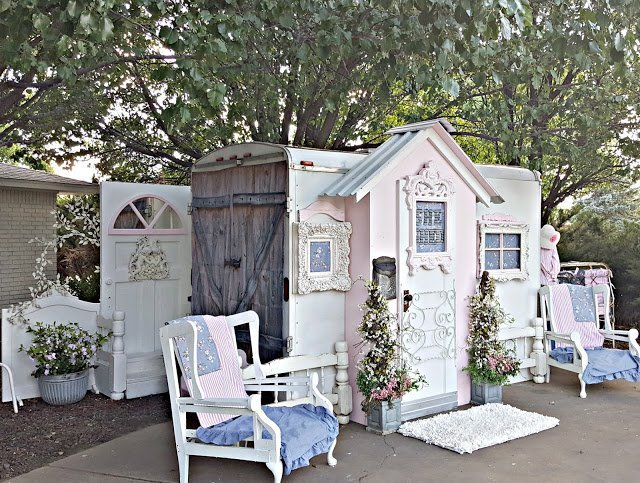 My New She Shed which is a feature from Waste Not Wednesday-61 by Penny's Vintage Home| www.raggedy-bits.com