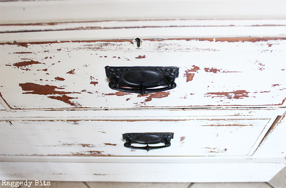 This old cupboard had had a good life and been good to us for many years. Finally it has been given an Old Farmhouse Cupboard Furniture Makeover using Fusion Mineral Paint | www.raggedy-bits.com