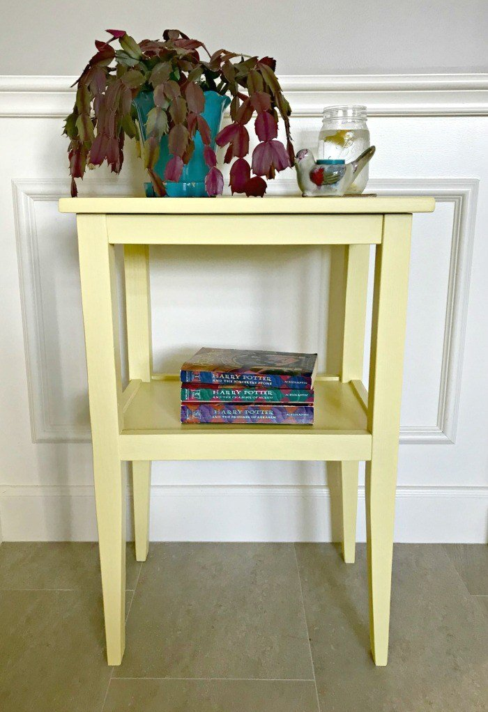 Build a Pretty DIY Side Table for less than $20 which is a feature from Waste Not Wednesday-74 by Abbotts At Home | www.raggedy-bits.com