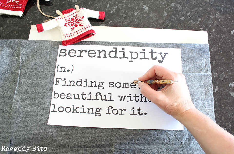Inspired by the movie Serendipity, fun Farmhouse Christmas Serendipity Sign to make that can be enjoyed not just at Christmas but all year round | Full tutorial | www.raggedy-bits.com #moviechallange #2017ChristmasMovieChallenge #farmhouse #christmas #DIY #sign #farmhousesign