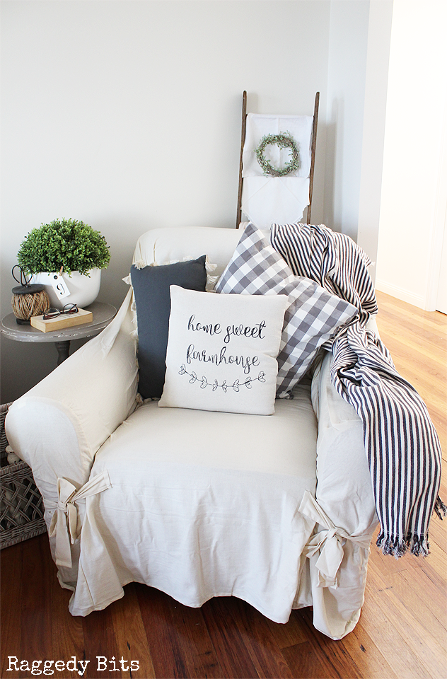 Using some drop cloth and a stencil sharing how to make a Cosy Farmhouse Stenciled Pillow | www.raggedy-bits.com | #farmhouse #diy #dropcloth #sewing #cosy #pillow #cushion