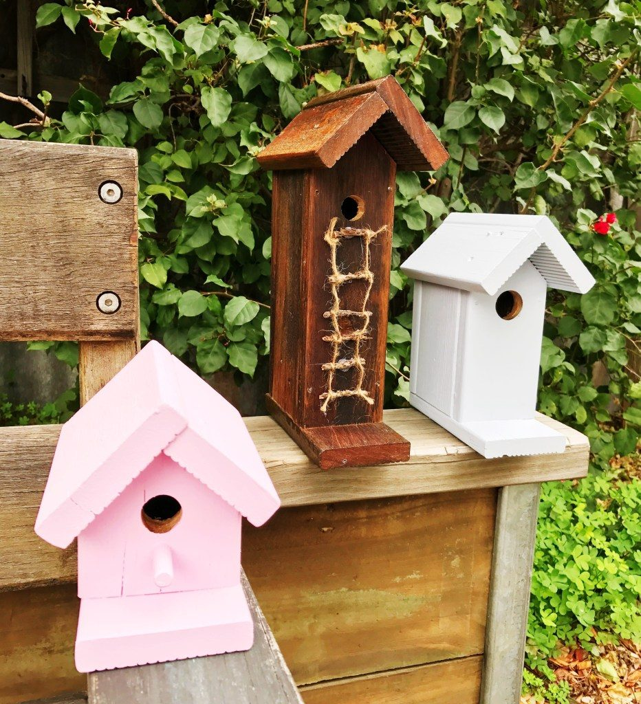 DIY Birdhouses is a feature from Waste Not Wednesday-107 by House of Hollingsworth Blog | www.raggedy-bits.com