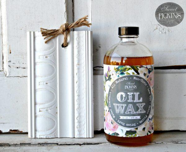 Sweet Pickins Milk Paint - Clear Oil Wax   www.raggedy-bits.com   #raggedybits #paintsupplier #milkpaint #paintedfurniture #clearoilwax