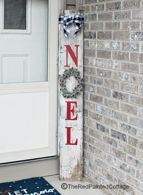 DIY Reversible Porch Sign which is a feature for Waste Not Wednesday-132 by The Red Painted Cottage | www.raggedy-bits.com