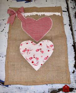 Sweet n Simple Valentines Flag which is a feature for Waste Not Wednesday-140 by Love My Cottage | www.raggedy-bits.com