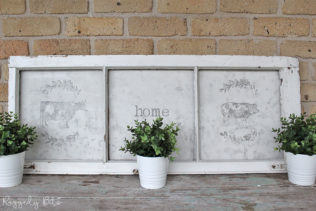 Hang onto your old windows and turn them into some fun farmhouse decor using Fusion Mineral Paint - Raw Silk and Iron Orchid Designs | How To Give An Old Farmhouse Style Window A Fresh New Look | www.raggedy-bits.com | #raggedybits #farmhouse #homedecor #DIY #fusionmineralpaint #rawsilk #IronOrchidDesigns #repurpose