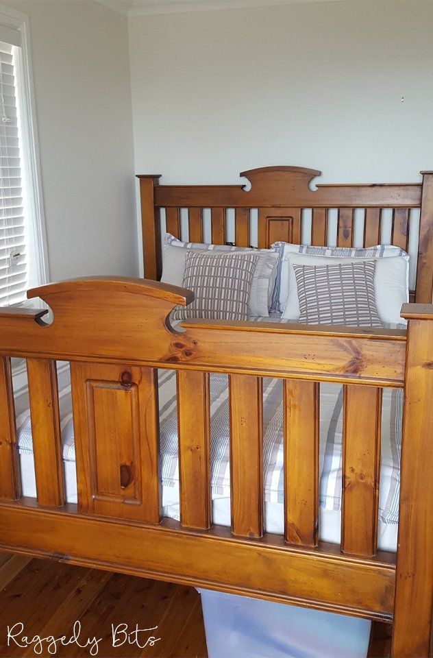 Before you throw your old bed away why not try giving it a fresh new look. Sharing how to give a Farmhouse Bed Frame a new lease on life | www.raggedy-bits.com | #raggedybits #DIY #paintedfurniture #fusionmineralpaint #LittleStork #farmhouse #bedframe #vintage #fixerupper