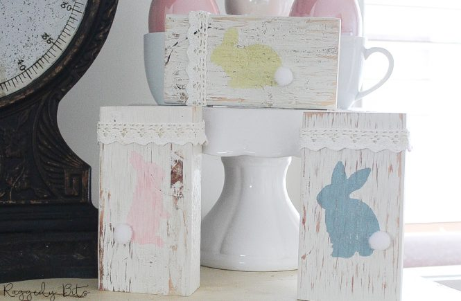 Looking for a really easy Easter Craft to paint? These Bunny blocks can be made in one afternoon using scrap wood and some paint | How To Paint Farmhouse Bunny Blocks | www.raggedy-bits.com | #raggedybits #diy #vintage #farmhouse #blocks #bunny #eastercraft #fusionmineralpaint