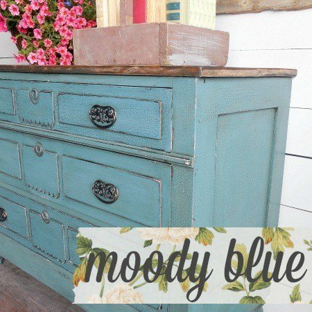 Sweet Pickins Milk Paint - Moody Blue | www.raggedy-bits.com | #raggedybits #paintsupplier #milkpaint #paintedfurniture #moodyblue