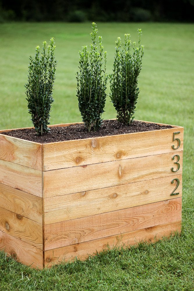DIY Cedar Planter which is a feature for Waste Not Wednesday-154 by Rain On A Tin Roof | www.raggedy-bits.com