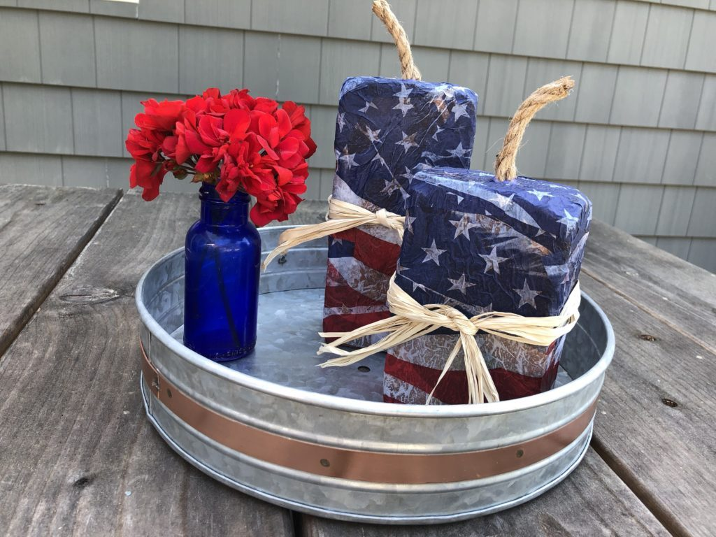 DIY Forth Of July Decor which is a feature for Waste Not Wednesday-155 by Blue Oak Bungalow | www.raggedy-bits.com