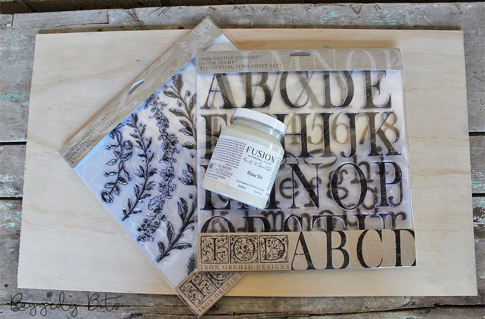 Using some IOD Decor Stamps, Fusion Mineral Paint and plywood sharing how to paint and stamp a farmhouse sign   www.raggedy-bits.com   #raggedybits #diy #homedecor #vintage #farmhouse #IODDecorstamps #fusionmineralpaint #sign