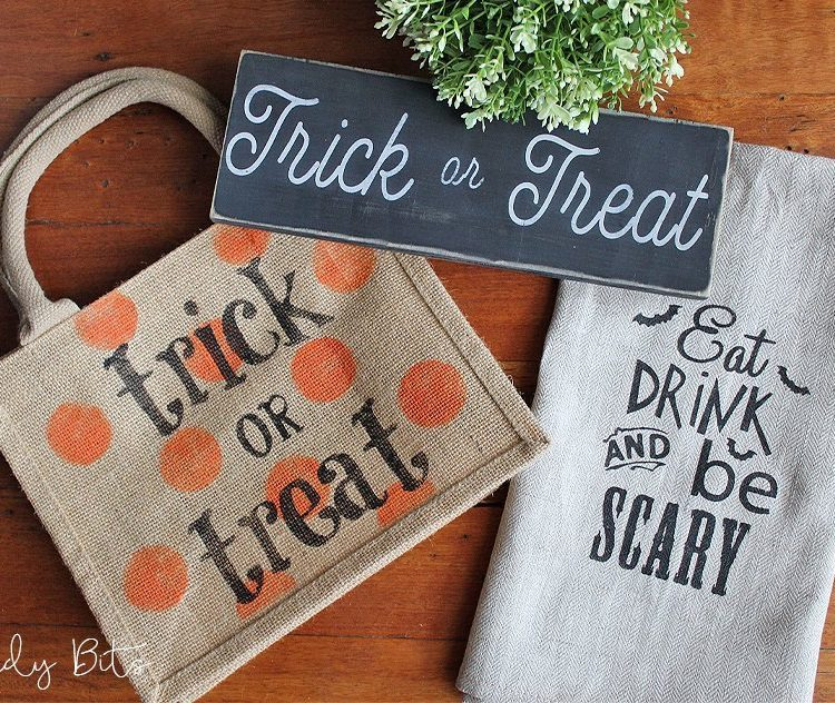 Come along and learn how to stencil stool into a spooky sign, trick or treat bag and a tea towel using Fusion Mineral Paint | Spooky Halloween Trick Or Treat Workshop | www.raggedy-bits.com | #raggedybits #DIY #workshop #FusionMineralPaint #Farmhouse #homedecor #stenciling