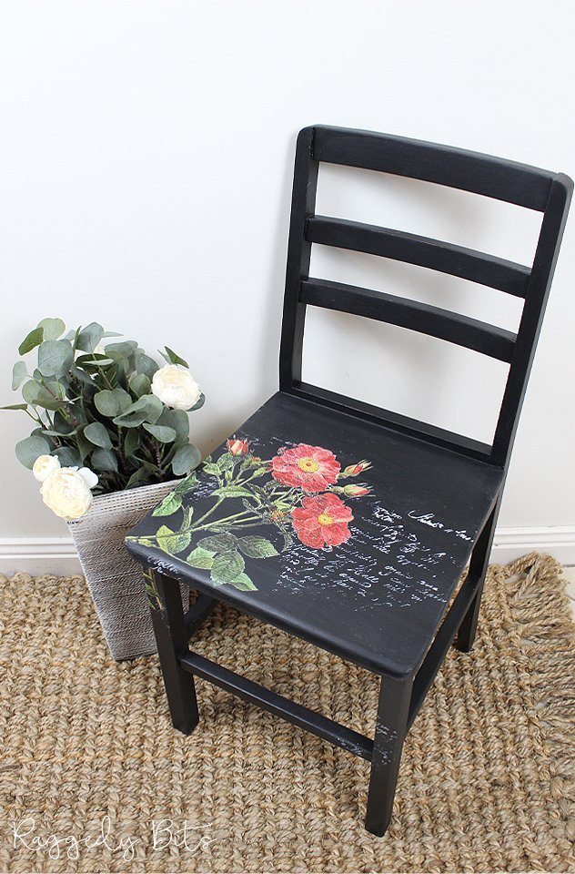 5 Chair Painting Challenge - Project 3 - How To Decor Transfer And Stamp A Chair. Come and join in all the fun and see 5 different ways on how to paint a chair using different techniques | www.raggedy-bits.com | #raggedybits #DIY #paintedfurniture #FusionMineralPaint #decortransfer #upcycle #farmhouse #5chairpaintingchallenge