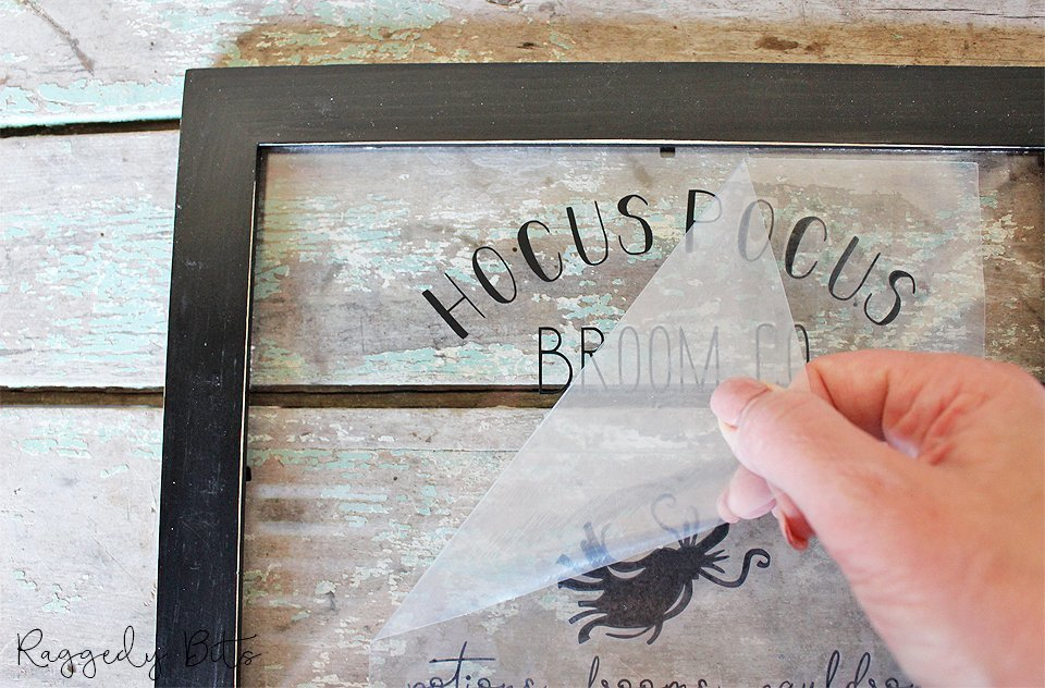 Sharing a fun easy way to make an Easy Halloween Witched Co Sign using an old photo frame | www.raggedy-bits.com | #raggedybits #diy #halloween #decor #witchesco #repurpose #upcycle #farmhouse