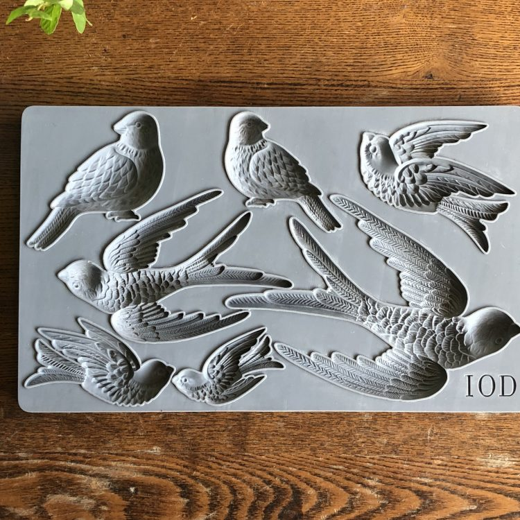 Have fun adding texture to your projects with these Iron Orchid Designs Decor Moulds -Birdsong | www.raggedy-bits.com | #raggedybits #IOD #BirdSong #texture #DIY #Moulds#texture #DIY #Moulds