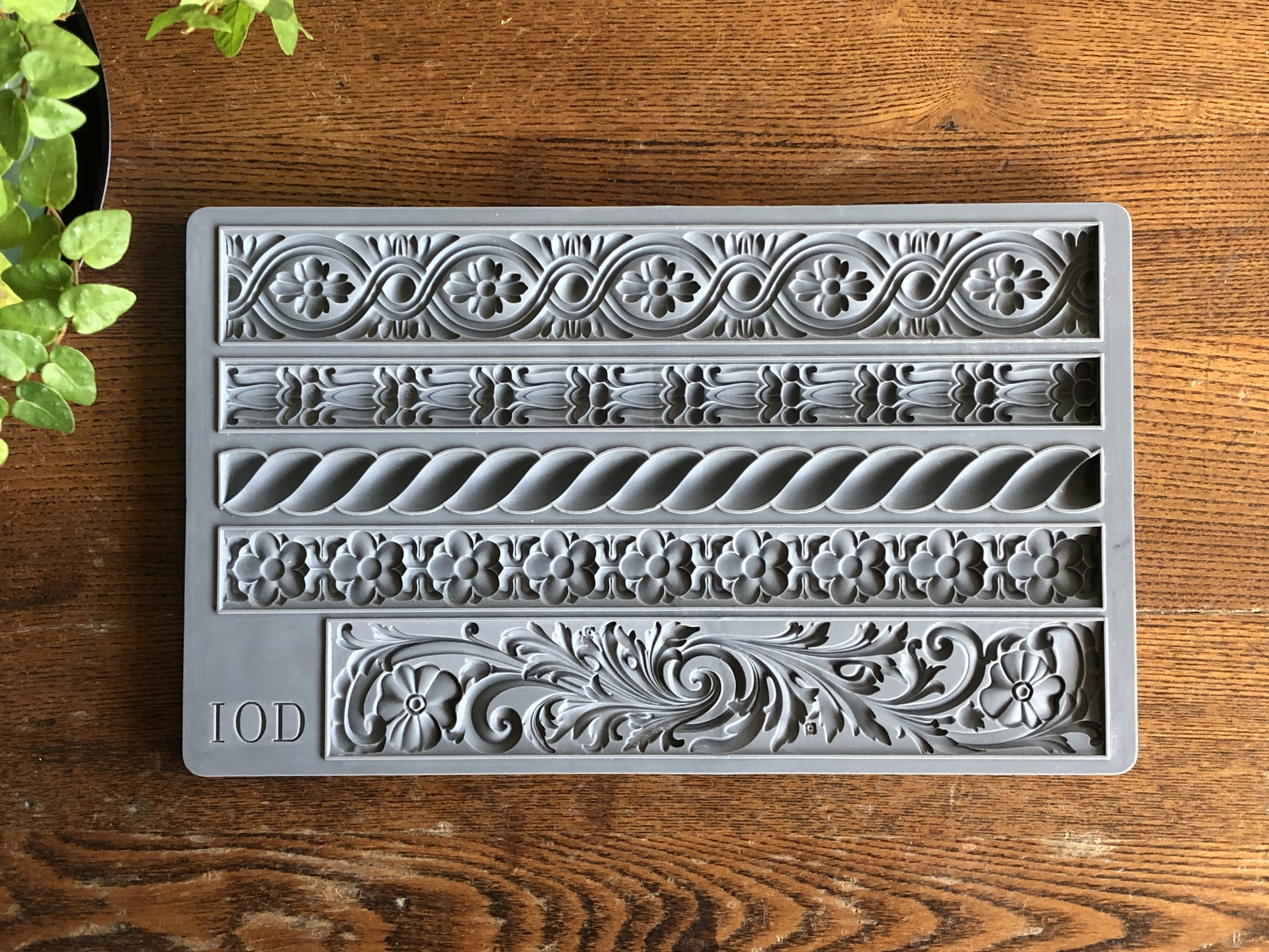 Have fun adding texture to your projects with these Iron Orchid Designs Decor Moulds -Trimmings1 | www.raggedy-bits.com | #raggedybits #IOD #Trimmings1 #texture #DIY #Moulds