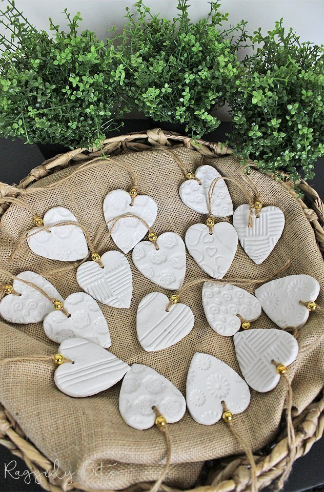 Locally handmade clay heart tags would make the perfect Christmas Ornaments, Gift tags or a Wedding Thank you | www.raggdey-bits.com | #raggedybits #handmade #clay #hearts #ornaments #wedding #bonbonniere