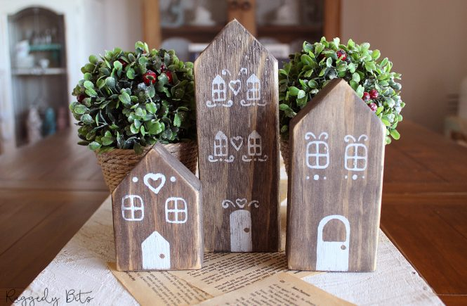 Have some fun making these Christmas Rustic Gingerbread Houses from scrap wood to decorate with or make as a gift | www.raggedy-bits.com | #raggedybits #christmas #rustic #gingerbread #house #DIY #fusionmineralpaint