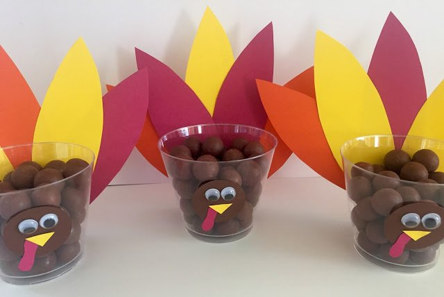 Gobble Gobble Turkey Treat Cups which is a feature for Waste Not Wednesday-181 by Living On Cloud Nine | www.raggedy-bits.com