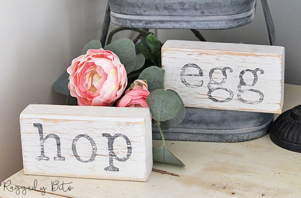 Raggedy Bits is hosting our very first Hippity Hop Easter Open House and would love for you to join us! | www.raggedy-bits.com | #raggedybits #easter #homedecor #farmhouse #vintage #DIY