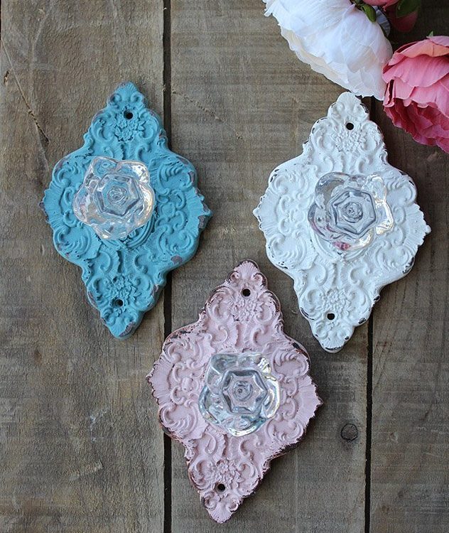 Decorate with these sweet Diamond Vintage Farmhouse Handles. They can be used as drawer pulls, hooks or where ever your imagination takes you | www.raggedy-bits.com | #raggedybits #hook #drawerpull #drawerknob #homedecor #farmhouse #vintage