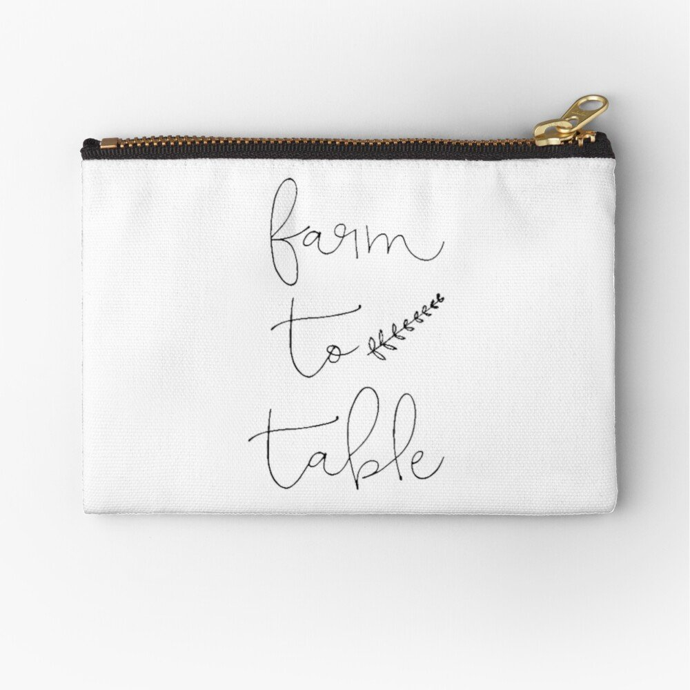 Keep all your bits and pieces nice and organised with this Farmhouse Farm To Table pouch | www.raggedy-bits.com | #raggedybits #farmhouse #pouch #zipperpouch #organise