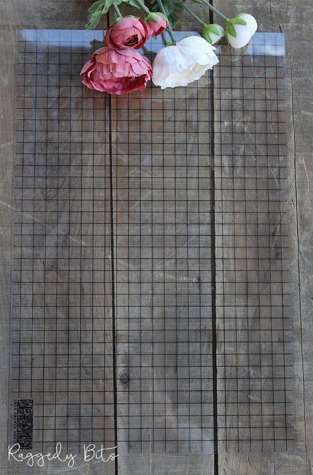 Iron Orchid Designs - Grid Thin Mounts | www.raggedy-bits.com | #raggedybits #gridthinmounts #DIY
