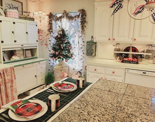 Christmas Kitchen Tour which is a feature for Waste Not Wednesday- 2020 Christmas Edition by Penny's Vintage Home | www.raggedy-bits.com
